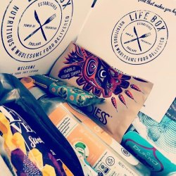 Instagram story of Lifebox vegan gifts