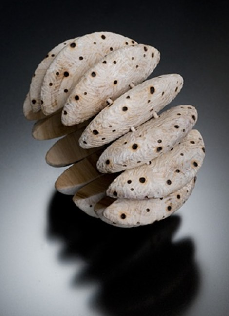 wood-bracelet