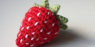 crochet-strawberry