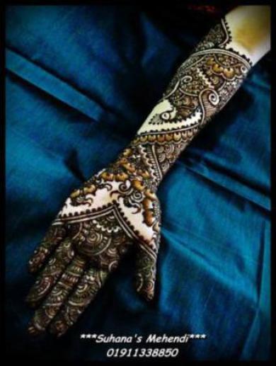 mehndi-design-hands