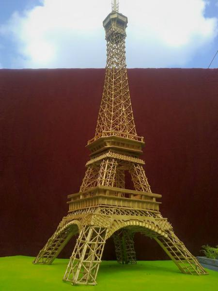 diy-Eiffel-tower