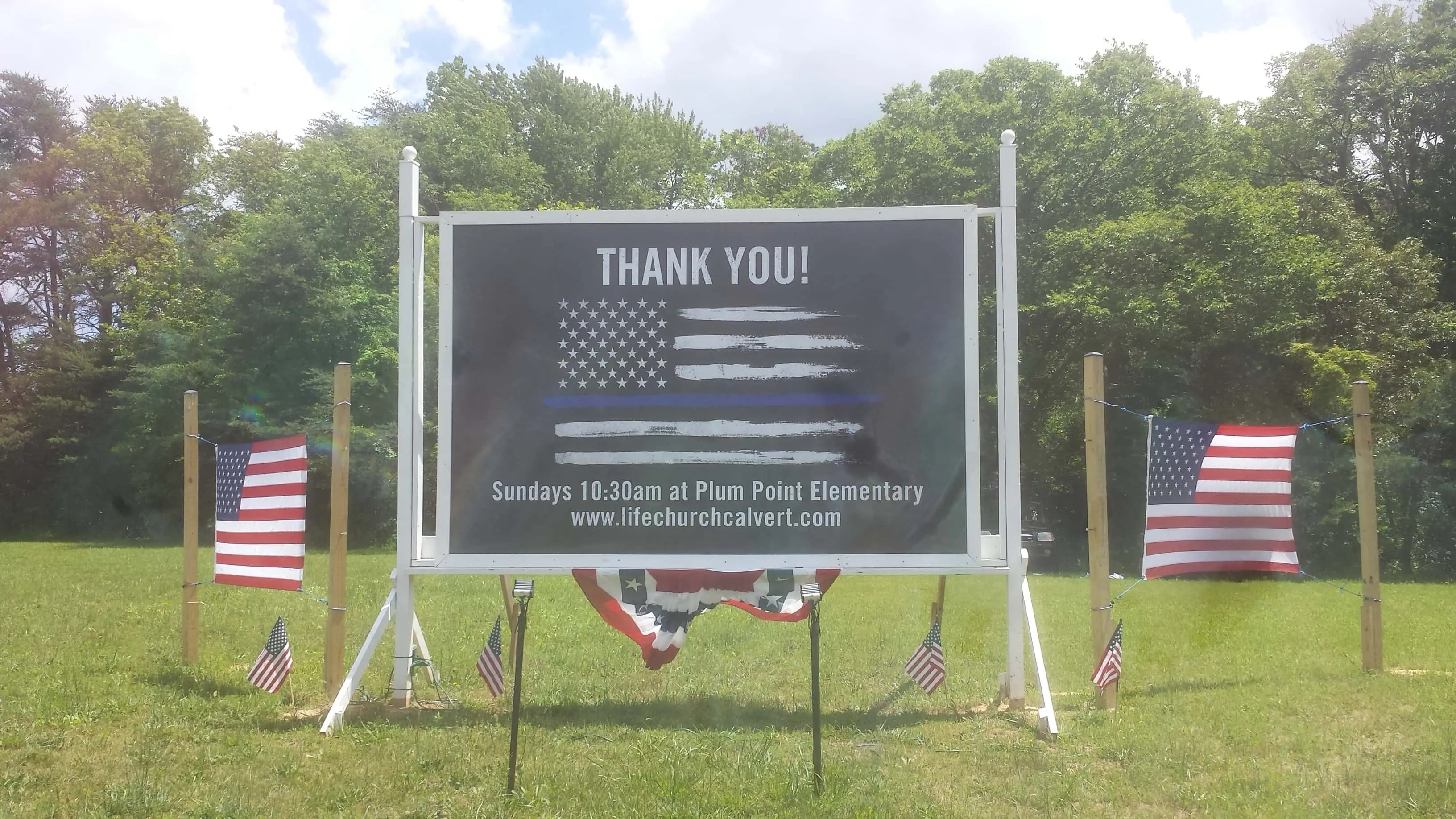 Thanking Those Who Wear the Badge Property Sign