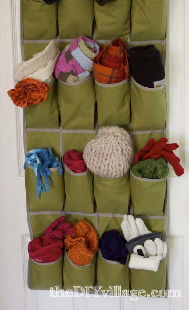 25 ingenious ways to use shoe bags (but not for shoes)! Store winter gear