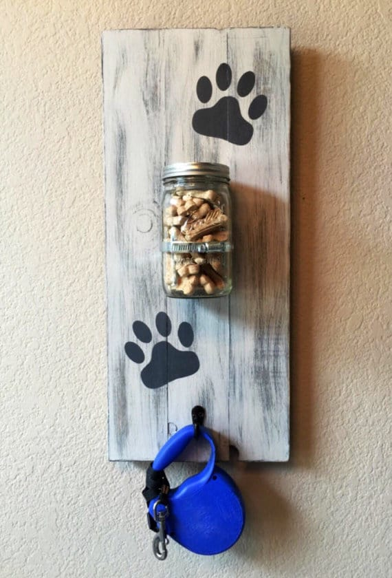 Here Is A Round Up Of 25 Awesome Mason Jar Crafts That Go From Functional To