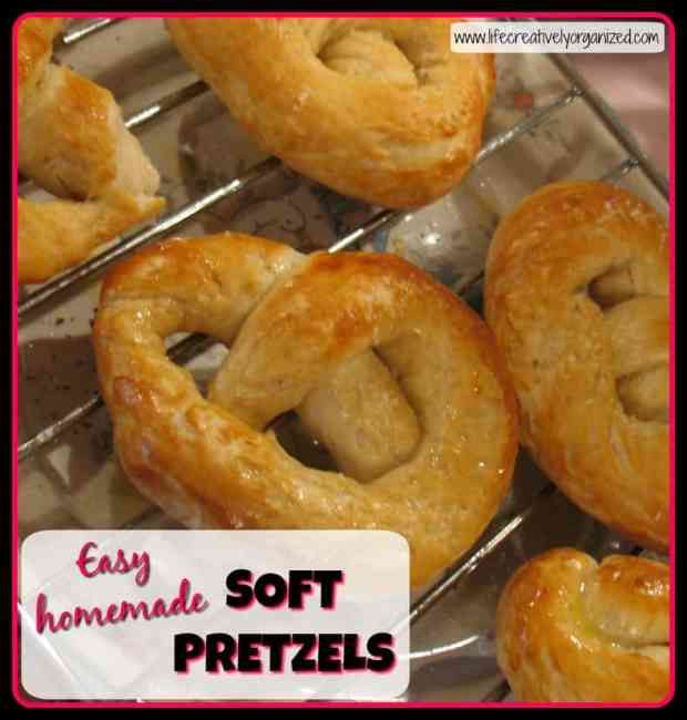 Don't you just love homemade pretzels? Soft & chewy with the tangy crunch of salt. Make these delicious easy homemade soft pretzels in just 40 minutes!