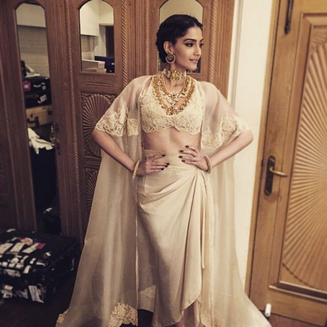 Drape Saree In Style Get Inspired By These Sonam Kapoor