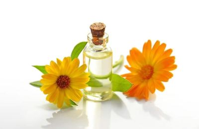 Essential Oils For Sore Throat: How To Use Coughs and Colds