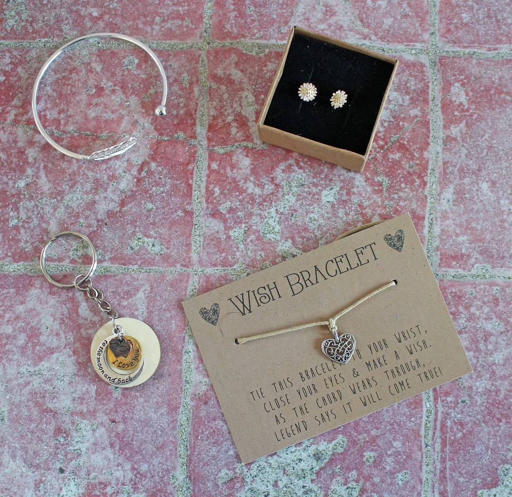 e8453dce9 I Love You to the Moon and Back Key Ring Daisy Stud Earrings The Filigree  Heart