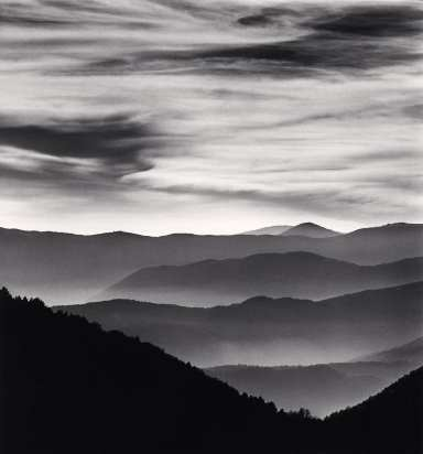 Distant Mountains, Passo delle Capannelle, Pizzoli, Abruzzo, Italy. 2015. © Michael Kenna