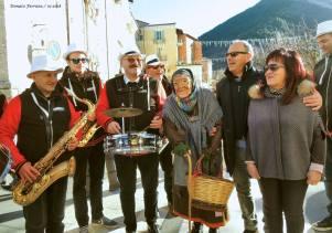 La Befana at Sagra della Polenta Ragnosa at Pettorano sul Gizio