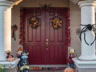 frugal halloween decor ideas