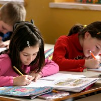 Top 4 Tips to Help Your Child #FallBackToSchool Easily