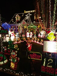 RVA Tacky Lights Tour – Thanksgiving Day Edition