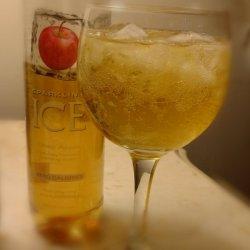 Shamrock-Inspired Cocktails and Mocktails from Sparkling Ice