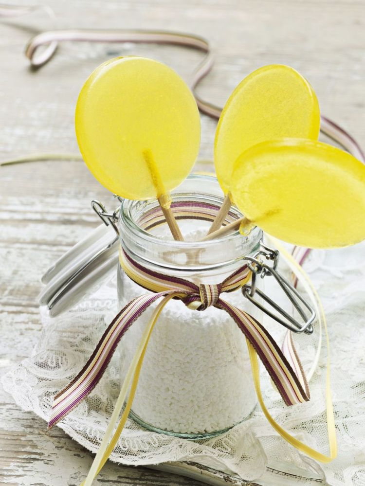 Homemade Lollipops Recipe from The Spruce and Elizabeth Labau