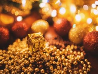 Gold, Frankincense & Myrrh -Thrifty Gifting and Creative Christmassy Savings