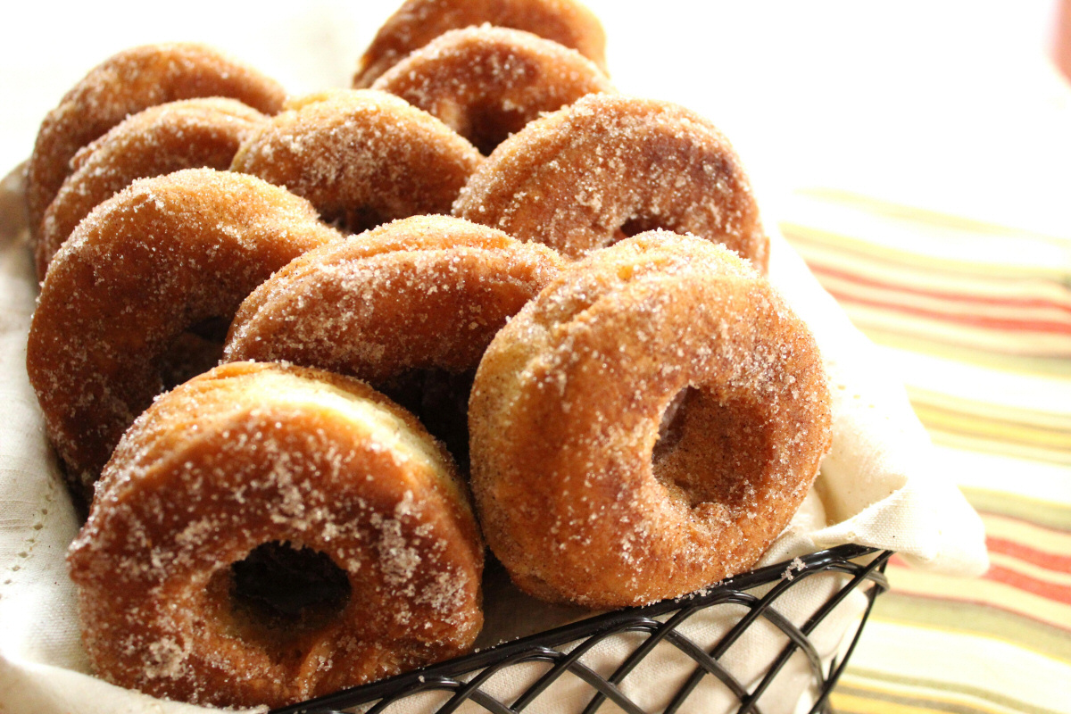 crisp apple donuts
