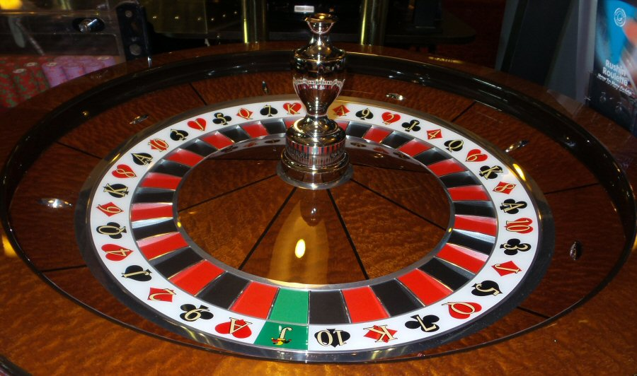 learn how to play roulette and other games