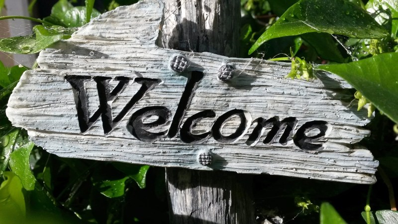 A Good Sign: Making Your New Home As Welcoming As Possible