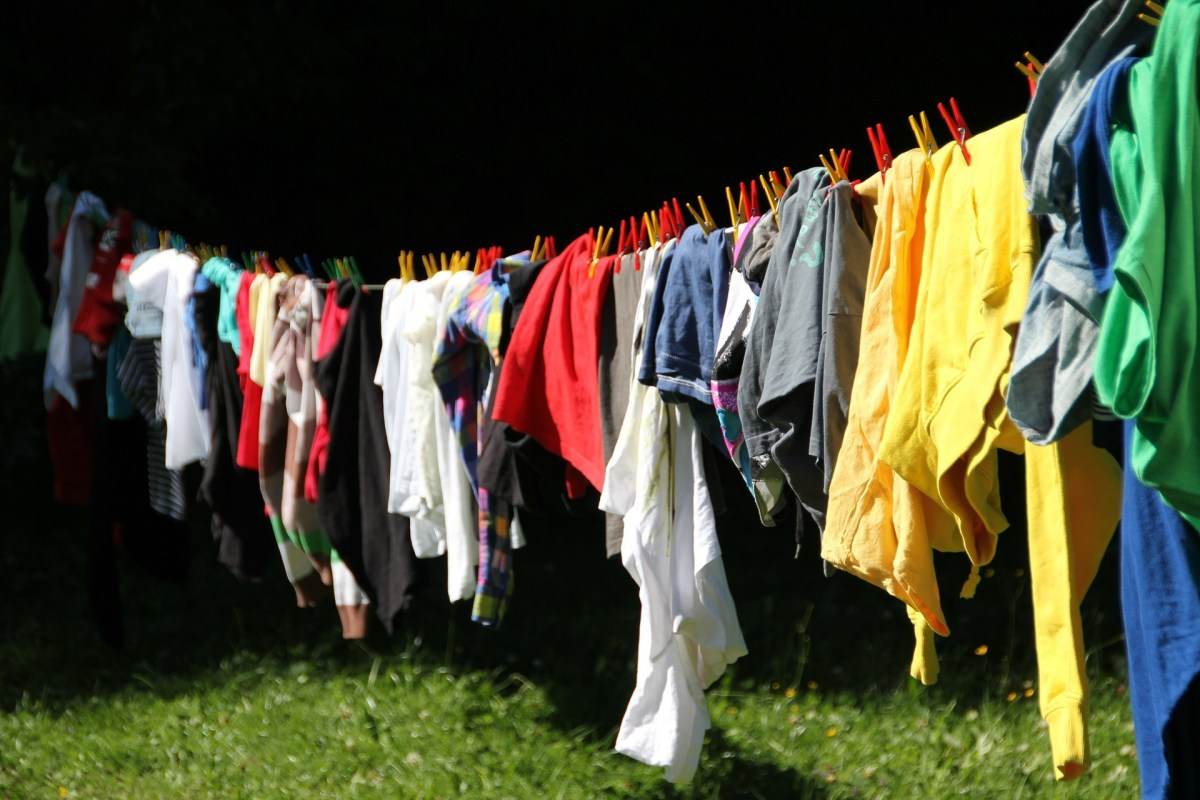 Dry your clothing outside for optimal freshness!
