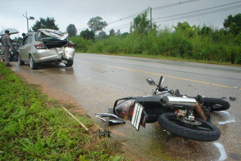 Honda hit by Motorcycle