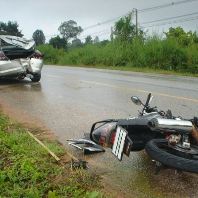 Honda hit by Motorcycle