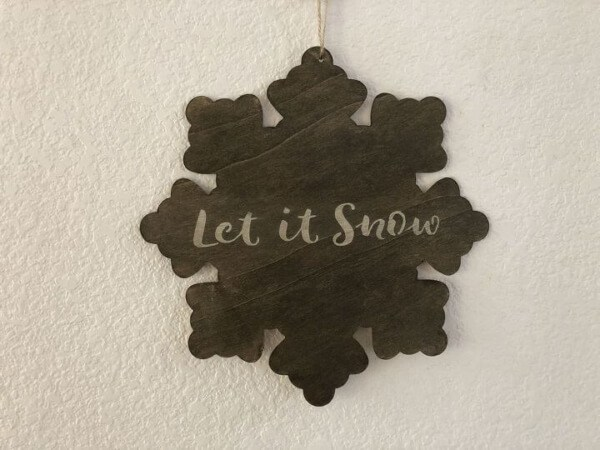 Week 211 - Winter Snowflake Sign from Chas Crazy Creations