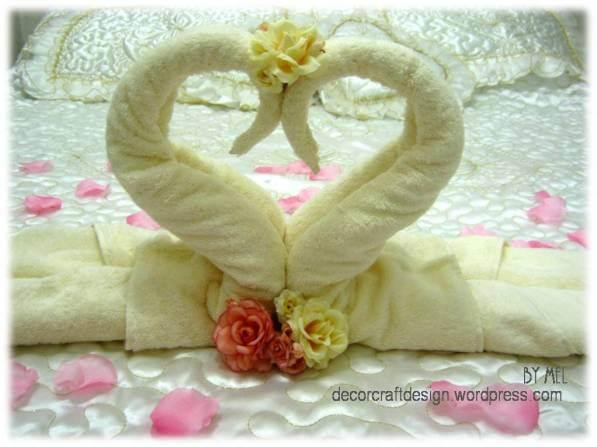 Week 215 - DIY Towel Cake and Towel Swan from Decor Craft Designs