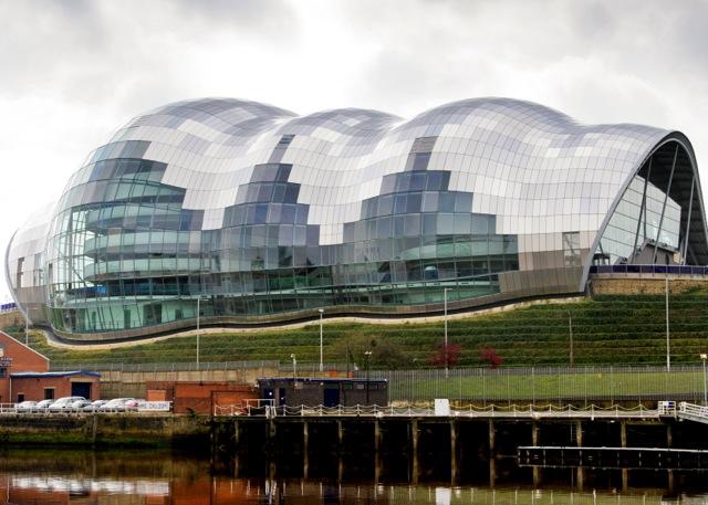 the-sage-gateshead-reflection-quayside