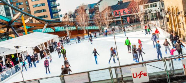 skate-off-the-christmas-surplus-skating-at-life-800x360