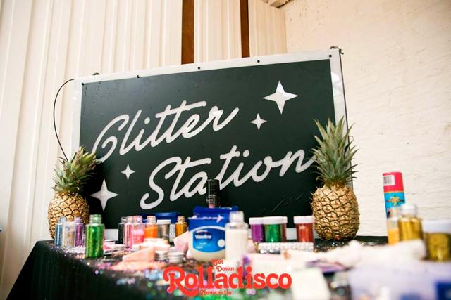 glitter station