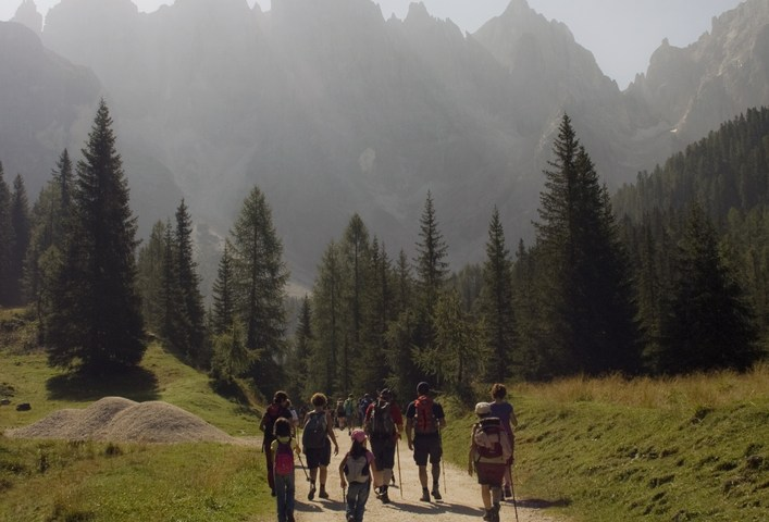 trekking and walking in italy