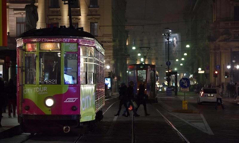 tour milan by tram