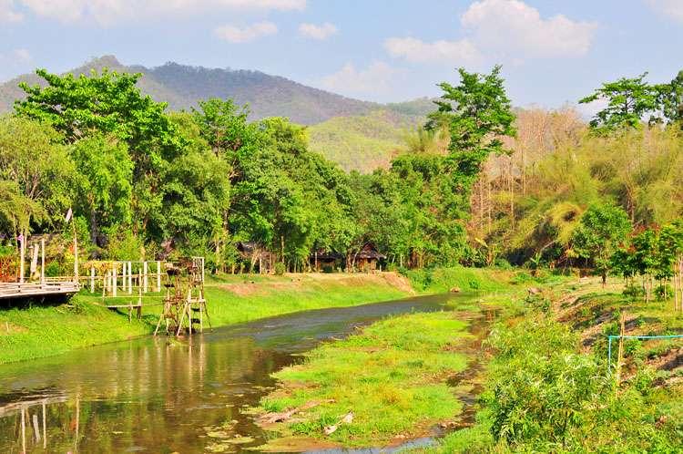 Chiang Mai & Pai >> Life In Limbo