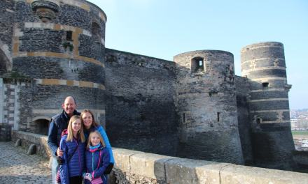 Roadschooling in Angers! Learning how Castles were made in France