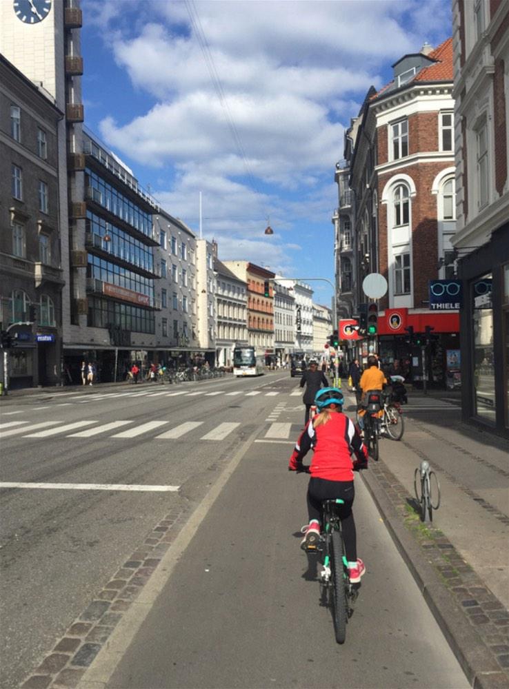 Copenhagen by bike 10-opt