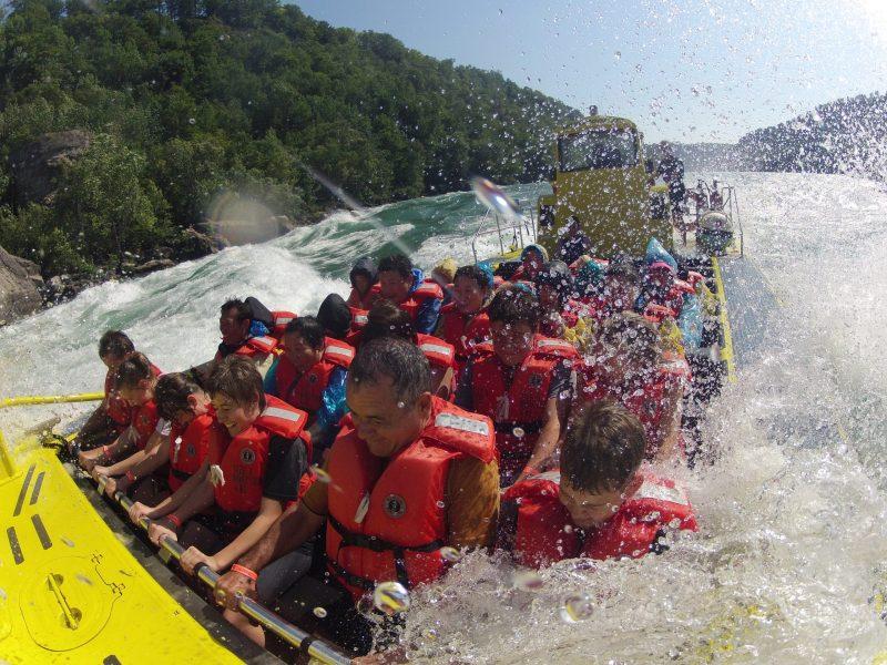 whirlpool jet boat tours