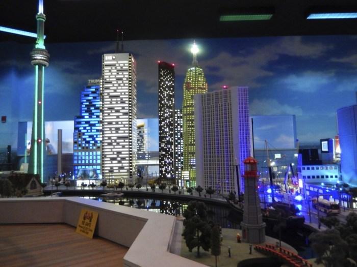 Legoland Discovery Centre Toronto, Lego figurine, Lego, Vaughan Mills, Toronto, attraction, visitors, family, fun, children, travel, tourism