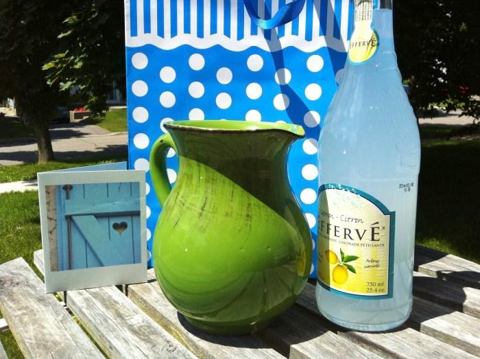 hostess gifts, summer gifts, gift ideas, planters, herbs, market baskets, pitcher, lemonade, beach mat, game set