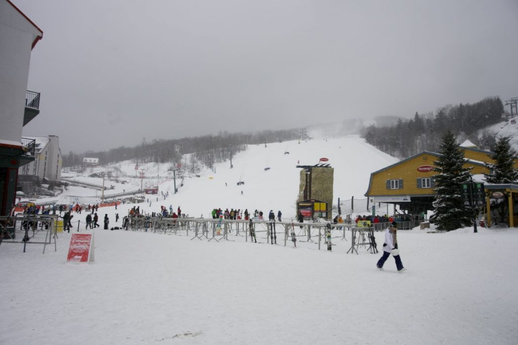 mont tremblant steps from the hill