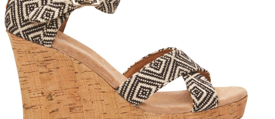 Crush and Covet: Wedges, Bathing Suits & Beach Totes