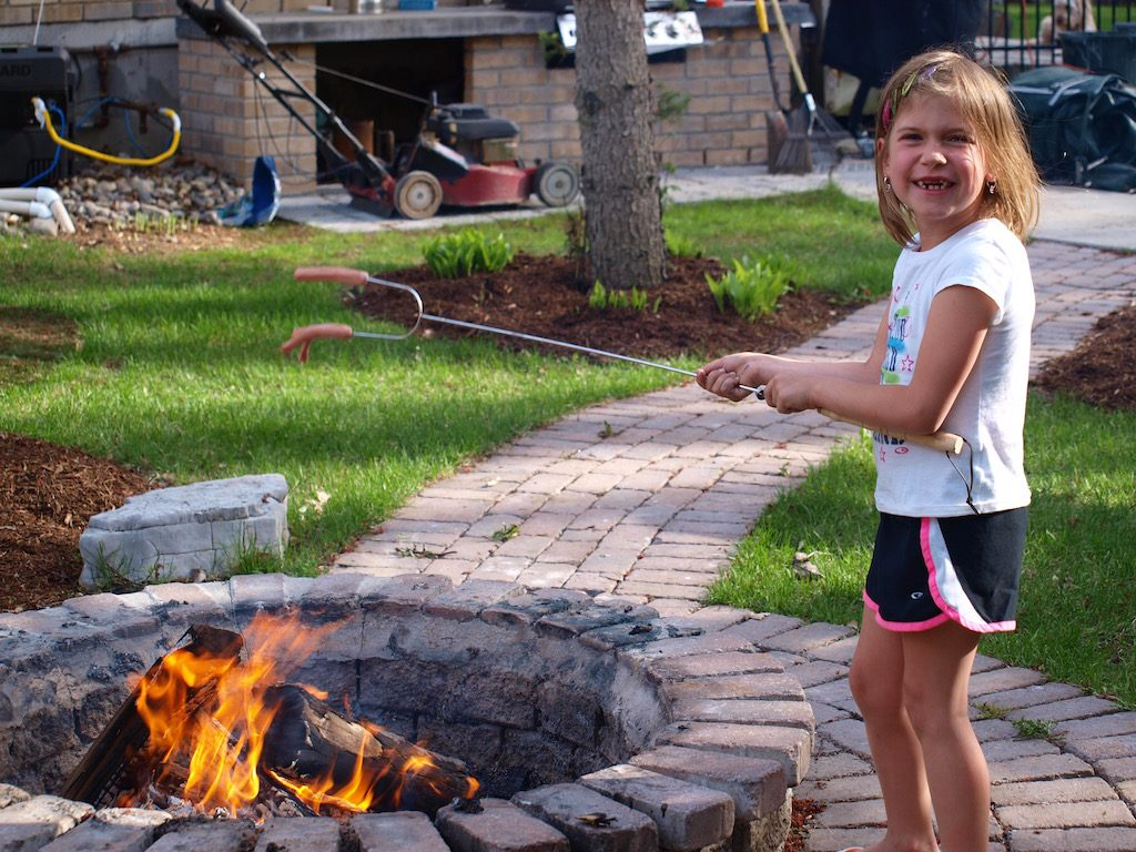 10 Things You Should Do With Your Kids Every Summer, Have a campfire
