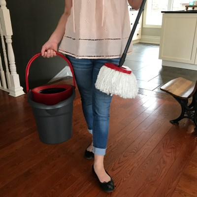 The Vileda EasyWring Makes Mopping Fun Not a Chore