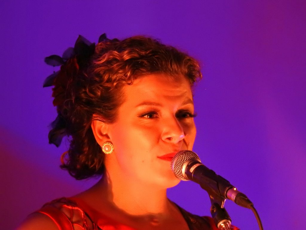 festival of small halls, Rosie & the Riveters Alexis Normand