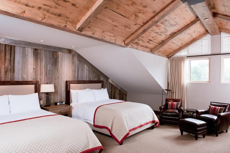 Manoir Saint Sauveur, room, accommodations, cozy, large enough for 4