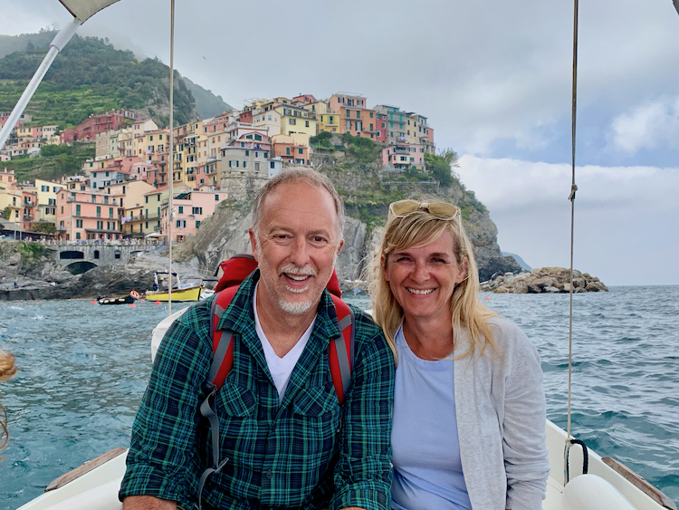 Boat ride from Riomaggiore to Vernazza passing Manarola and Corniglia at sea, tours in Northern Italy
