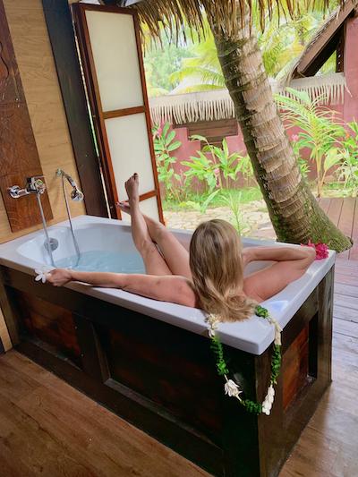 Tahiti on a budget, Fare Pea Iti, bungalows, taha'a, Raiatea