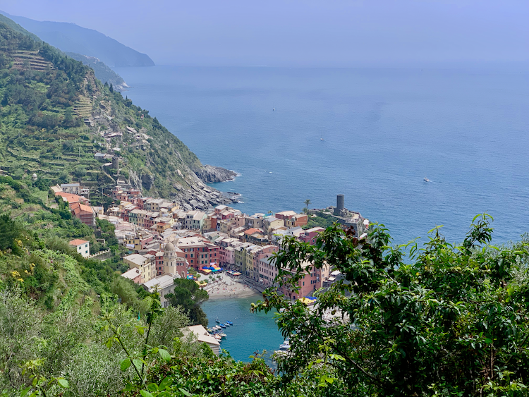 best tours in Northern Italy, Cinque Terre, Vernazza
