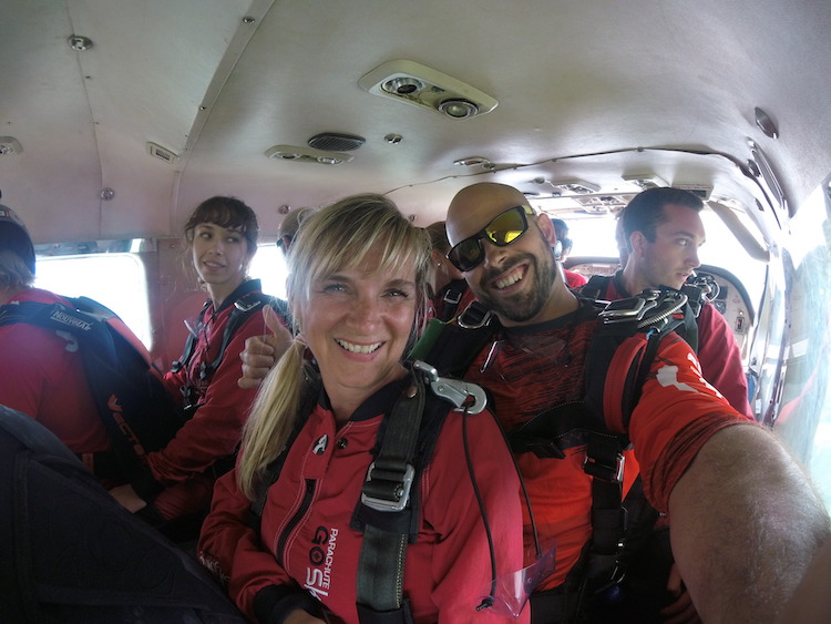 ready to skydive in Ottawa, jumping in Gatineau
