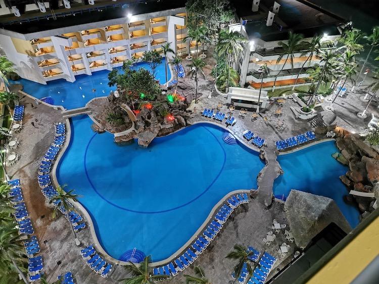 El Cid El Moro family pool in Mazatlan